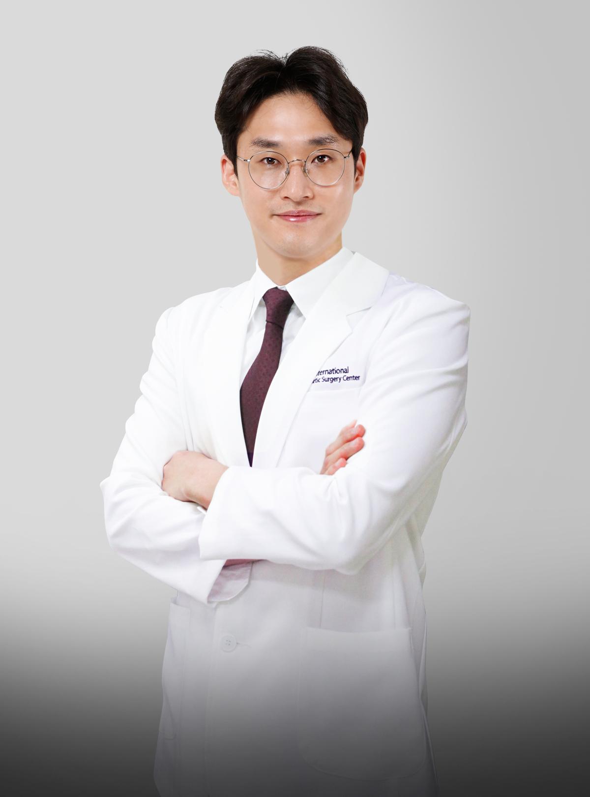 Dr.Kim Yong Hyun
